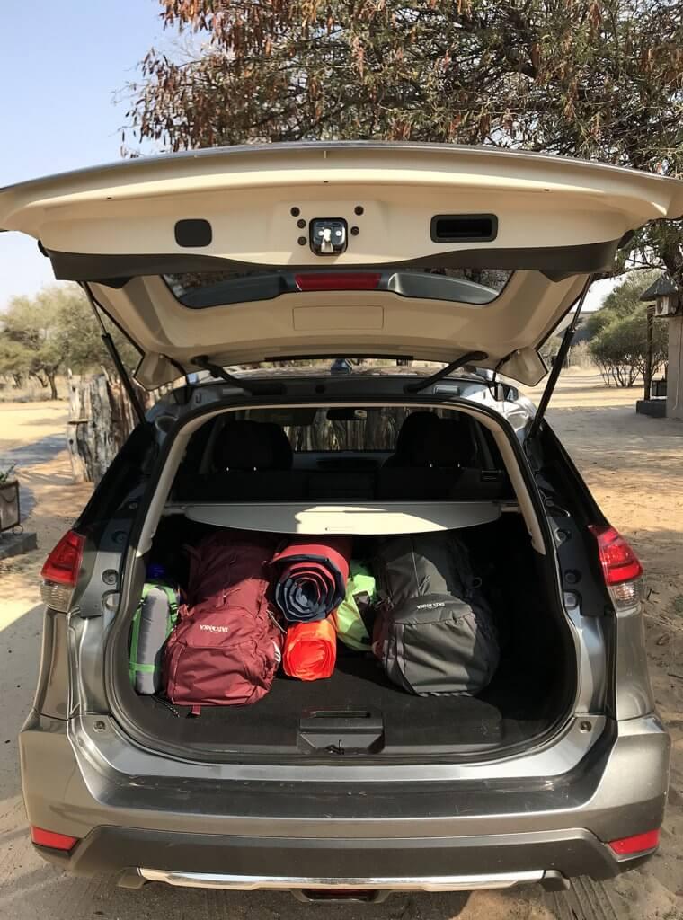 Alles gut verstaut auf unserem Roadtrip durch Botswana