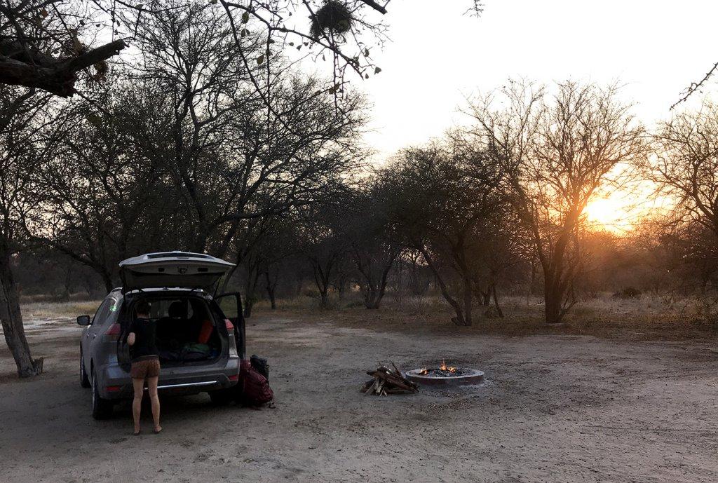 Übernachtung Campsite CKD6 am Deception Valley im Central Kalahari Park Botswana