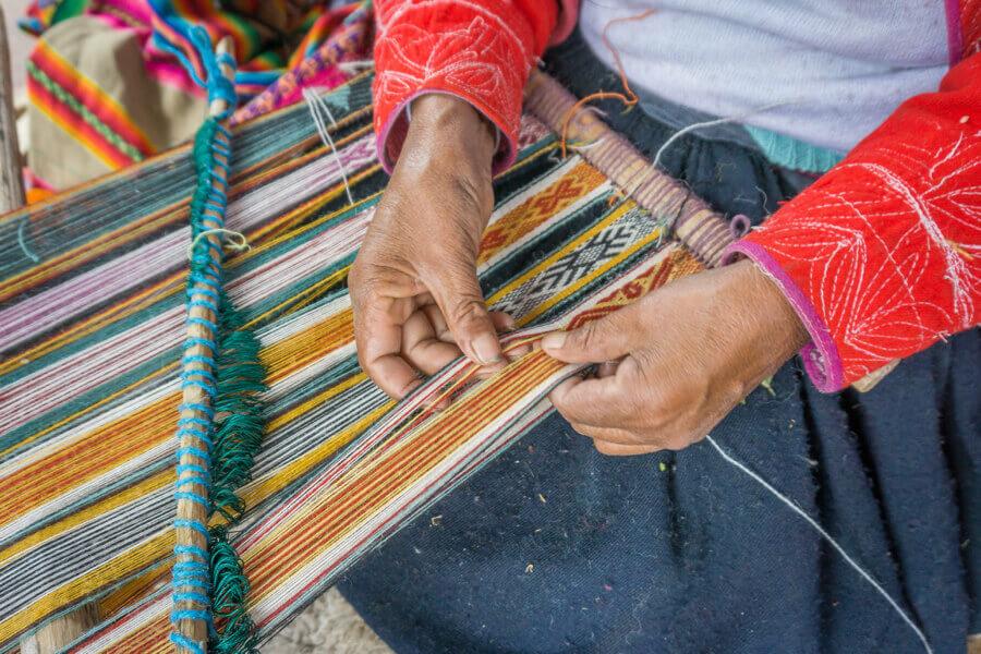 Weben - Kunsthandwertk in Peru.