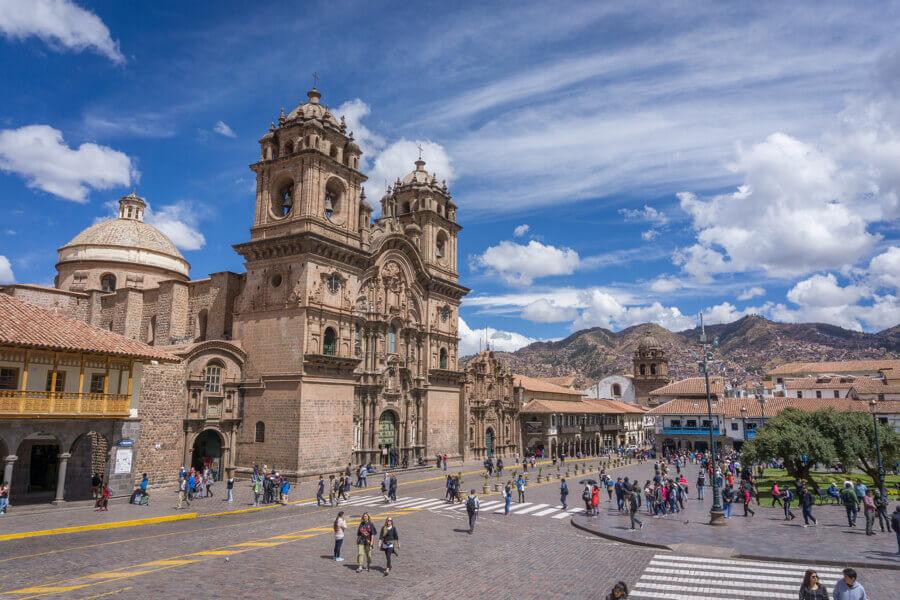 Reisetipp Peru: Jesuitenkirche auf dem Hauptplatz der Stadt Cusco.