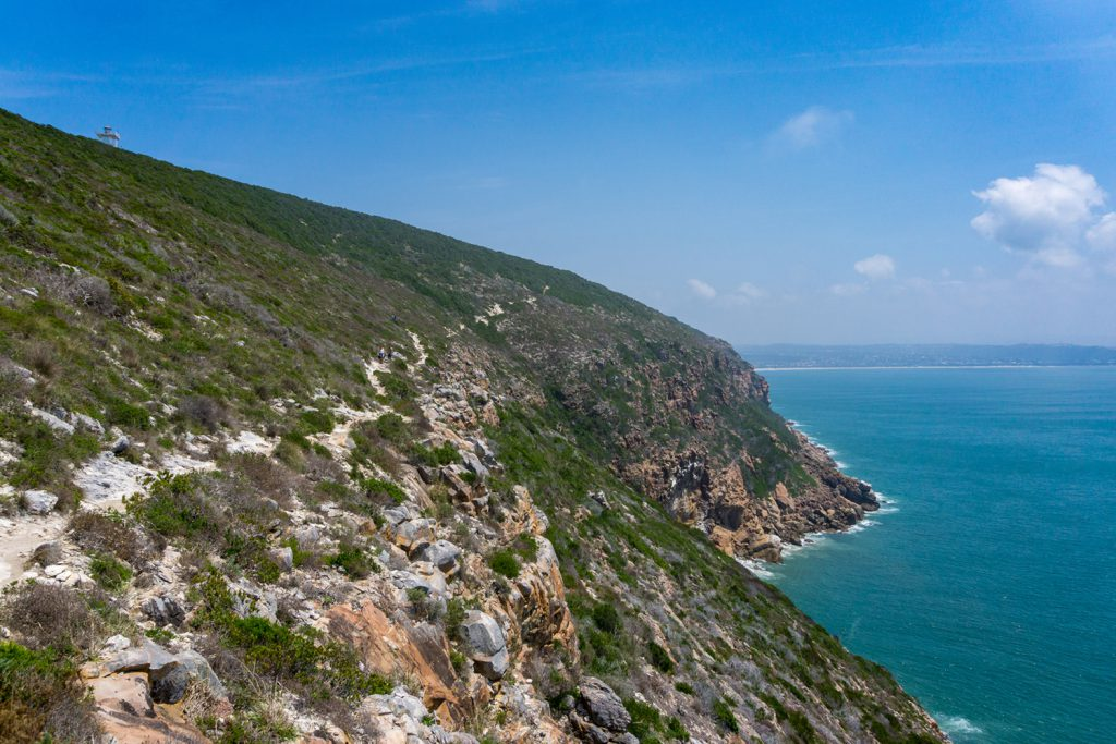 Garden Route Südafrika - Im Robberg Nature Reserve in Plettenberg Bay wandert man fast zehn Kilometer direkt am Meer entlang.