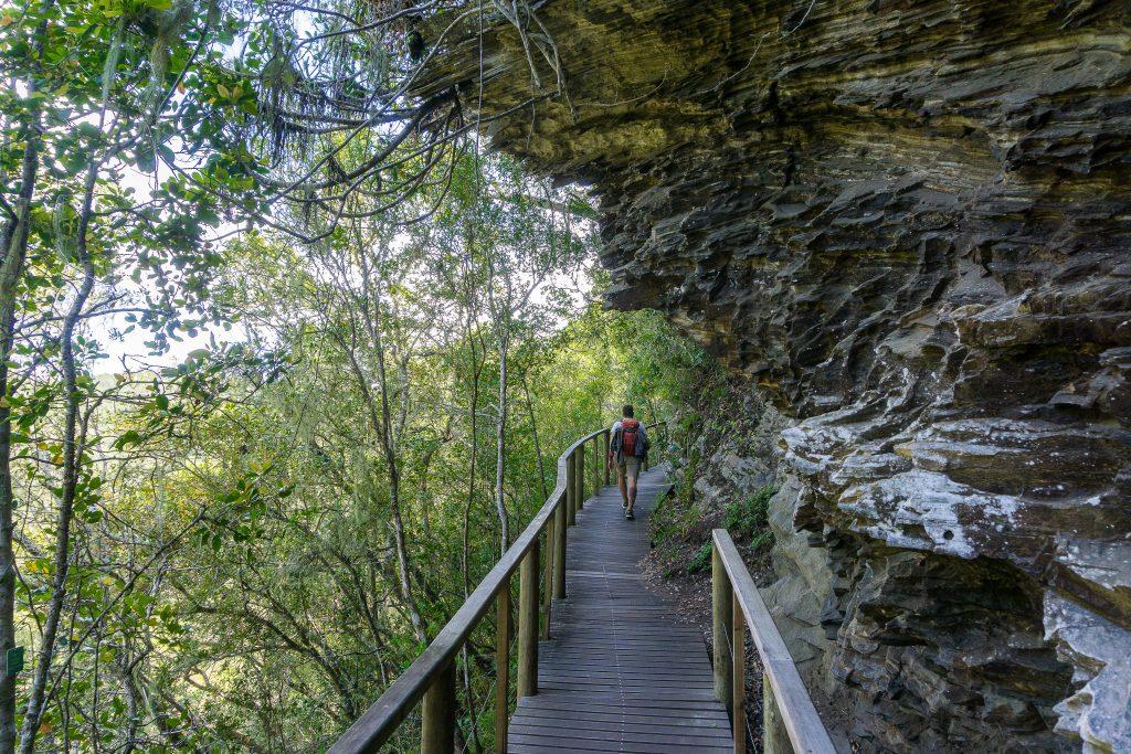 Garden Route Südafrika - Marco auf einem Wanderweg nahe der Stadt Wilderness.