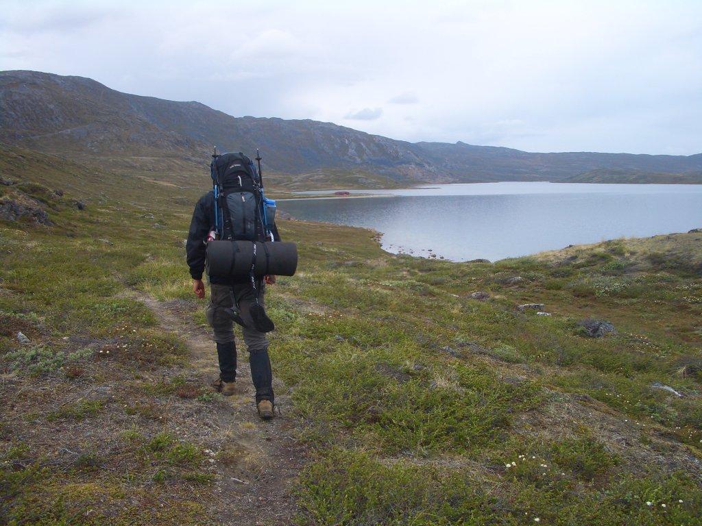 Marcus Dornis unterwegs auf dem Arctic Circle Trail auf Grönland.