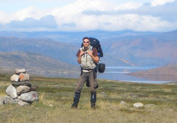 Markus Dornis auf dem Arctic Circle Trail auf Grönland.