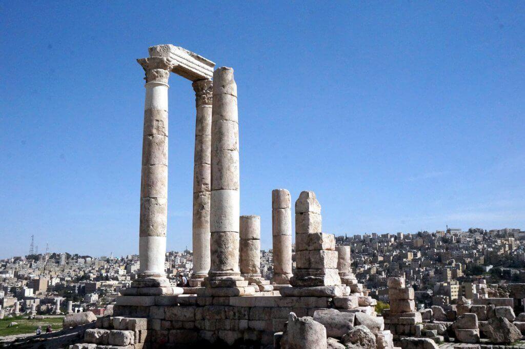 Auf dem Zitadellenhügel in Amman, im Hintergrund die Altstadt.
