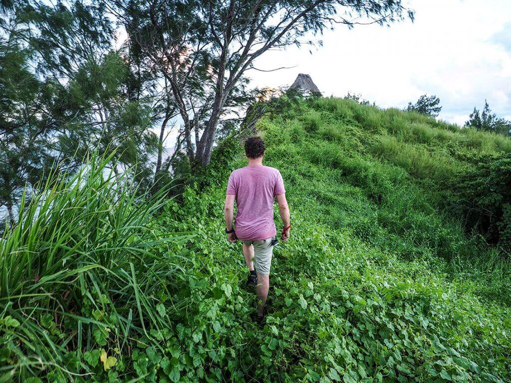 Michi Bösiger beim Wandern auf den Fidschi-Inseln.