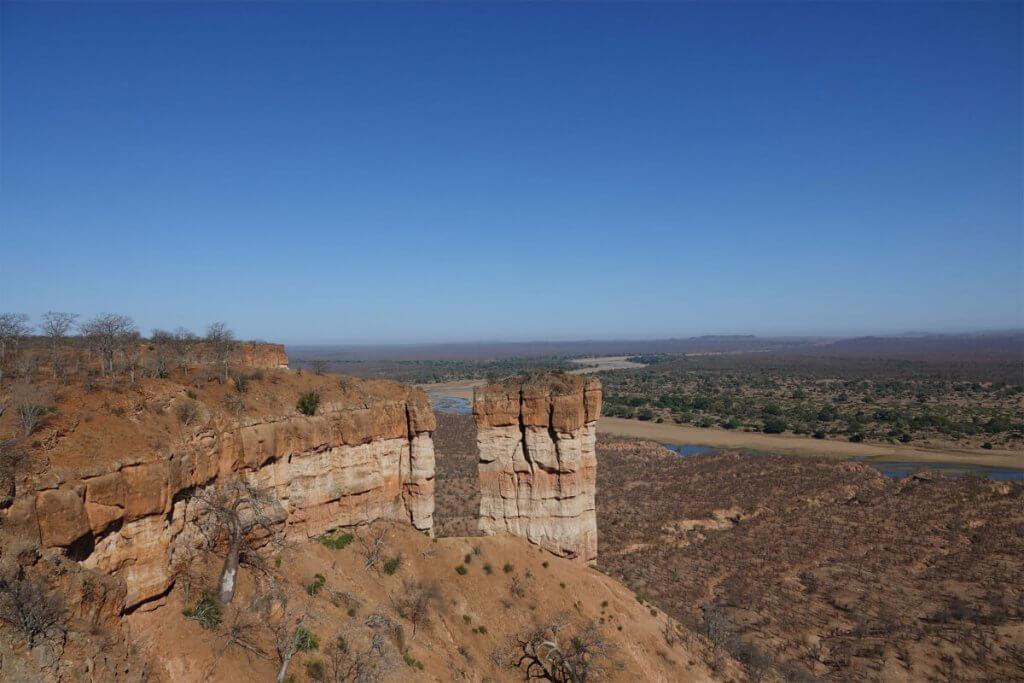 Ausblick von den Chilojo Cliffs über die weite Ebene des Lowfield.