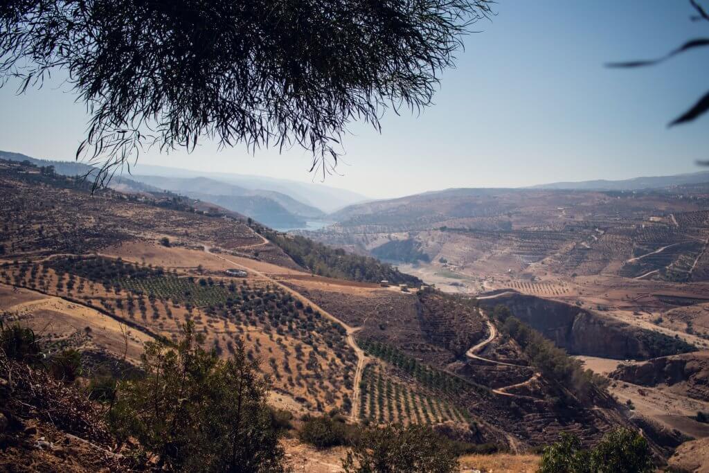 Blick auf ein Tal nahe der Stadt Amman Jerash.
