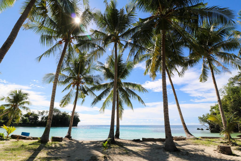 Rundreise Sulawesi - Ohne Netz, ohne Empfang auf der Insel Malenge.