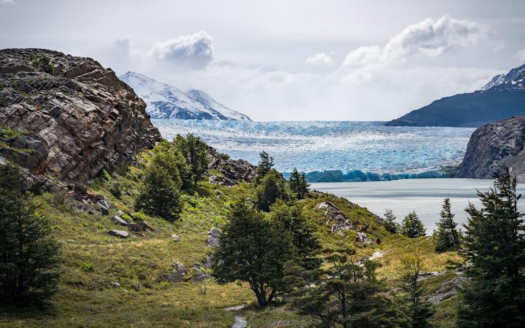 Der mächtige Grey Gletscher vor Augen.