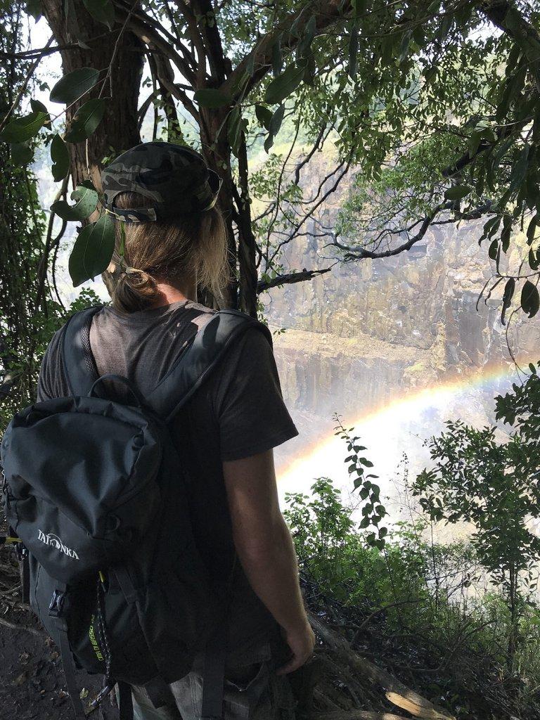 Blick auf die Viktoriafälle im Mosi Oa Tunya Nationalpark, Zimbabwe
